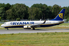 EI-ENL // Ryanair // Boeing 737-8AS(WL) (Martin Fester - Aviation Photography) Tags: eienl ryanair boeing7378aswl 737800 737 b737 boeing737800 b738 hamburg hameddh hamburgairport ham hamburgfuhlsbüttel helmutschmidtflughafen eddh aviation avgeek aviationlovers airplane aircraft aviationphotography plane flickraviation planespotting flickrplane aviationdaily aviationgeek aviationphotograph planes aircraftspotter avgeekphoto airbuslover aviationspotters airplanepictures planepicture worldofspotting planespotter planeporn aviationpic aviationgeeks aviationonflickr aviation4you aeroplanes