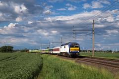 Krempe (Nils Wieske) Tags: schleswigholstein elbmarschen mak de2700 marschbahnwumme flixtrain bte bahn eisenbahn zug züge train railway railroad wolken