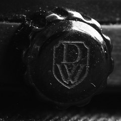 crown of DWISS RS1-BB Mechanical limited 99/99 (kacagany) Tags: blackip black crown dwissrs1bbmechanical dwiss swissmade swiss mechanic mechanical handwound handwind 17jewels 17 limited design jewels monochrome white pentax k200 k200d dslr