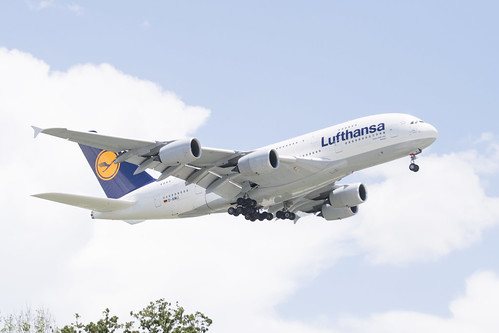 Lufthansa Airbus A380-841 Lands at IAH, Houston 1906151335
