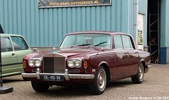 Rolls Royce Silver Shadow 1970 (XBXG) Tags: dl4514 rolls royce silver shadow 1970 rollsroyce silvershadow rr v8 automatic automatique bva red rood rouge rigastraat papiermakerstraat nederland holland netherlands paysbas vintage old classic british car auto automobile voiture ancienne anglaise uk brits vehicle outdoor