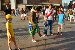 Brazilian Master Class (Victor Gnedovets) Tags: pentaxmzs pentax4319limited pentaxlife pentaxart fujicolorc200 fifaworldcuprussia2018 moscow москва