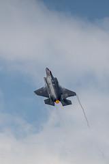 RNLAF F-35 steep climb (Nicky Boogaard) Tags: lmd2019 luchtmachtdagen2019 volkel volkelairbase rnlaf royalnetherlandsairforce f35lightningii f35 jsf jointstrikefighter f008
