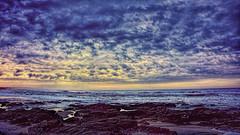 Frio Amanecer (Miradortigre) Tags: puntadeleste uruguay uruguai costa coast rocas rocks sunrise amanecer cielo sky nubes clouds sea mar