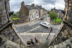 Streets of Stirling, Scotland (Bilderschreiber) Tags: stirling scotland schottland streets bagpipe dudelsack weitwinkel fisheye wide angle