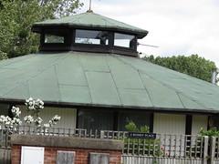IMG_1957 nice design (belight7) Tags: house unusual uk england