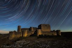 Castillo de Caracena (Roberto_48) Tags: startrail rastros estrellas star stars castillo caracena nocturna larga exposicion longexposure noche ngc