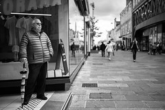 Shopping for clothes is fun! (Nicolas Winspeare) Tags: candid sony a7r3 bw decisive life manual moment mood pentacon street streetphotography urban