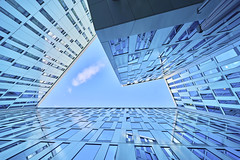 Angles (Ralf Muennich) Tags: angles winkel sky himmel glas windows fenster up