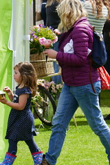 P1160861 (harryboschlondon) Tags: england englandphotography lumix tz100 stonor stonorpark stonorparkoxfordshire oxfordshire show people june june2019 2019 16thjune2019