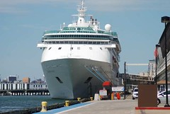 Norwegian Gem (jelpics) Tags: norwegiancruiselines norwegiangem cruise cruiseships cruiseportboston blackfalconterminal rayflynncruiseport boat boston bostonharbor bostonma harbor massachusetts ocean port sea ship vessel