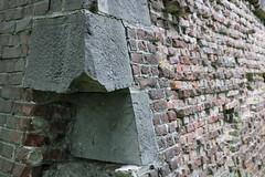 Citadelle (Liège 2019) (LiveFromLiege) Tags: liège luik wallonie belgique architecture liege lüttich liegi lieja belgium europe city visitezliège visitliege urban belgien belgie belgio リエージュ льеж citadelle remparts fortifications ruines mur wall citadel parc