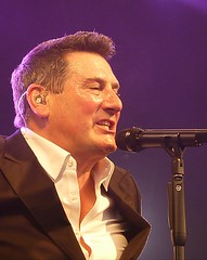 Tony Hadley performs at WMF 2019 (langleyo) Tags: wentworthlive wentworthmusicfestival wentworth rotherham yorkshire southyorkshire tonyhadley spandauballet true gold throughthebarricades 2019 singer popmusic eighties now 80s music