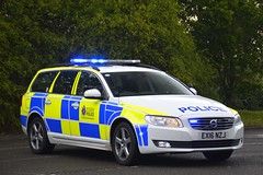 EX16 NZJ (S11 AUN) Tags: essex police volvo v70 d4 traffic car anpr rpu roads policing unit 999 emergency vehicle ex16nzj