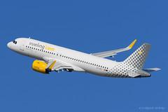 A320Neo Vueling EC-NCF (entebcn) Tags: airbus a320 vueling ecncf bcnlebl