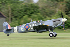 Spitfire Vc AR501 (MUSTANG_P51) Tags: shuttleworth oldwarden spitfire vc ar501