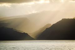 The arrival (A.K. 90) Tags: lagomera insel urlaub holiday cloudsstormssunsetsunrises sunlight sunshine sun sonne sonnenuntergang sonnenstrahl sonnenschein island kanaren canary nature natur lightsandshadows licht schatten geografic sonyalpha6300 e18135mm3556oss