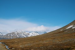 16062019 (Silje-Marie Normann Svendsen) Tags: svalbard nature mountain adventdalen norway arctic spring blue tundra travel hiking
