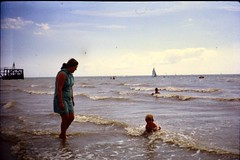530_HilaryKeithWright1971 (wrightfamilyarchive) Tags: hilary keith wright summer 1971 1970s 70s seventies beach sea england uk holiday