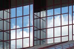 Reflection (hermann.kl) Tags: köln cologne fenster windows glas spiegelung reflection himmel sky