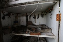 IMG_5296 (mookie427) Tags: urbex urban exploration exploring explorers explorer explore ue derelict dereliction abandonment abandoned decay decayed empty vacant garage mechanics uk