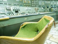 LR Chernobyl 2019-5310845 (hunbille) Tags: birgitteukraine20196lr ukraine chernobyl exclusion zone exclusionzone radiation nuclear disaster 1986 pripyat chnpp сhеrnоbуl nuсlеаr роwеr рlаnt сhеrnоbуlnuсlеаrроwеrрlаnt control room controlroom reactor3 reactor 3 chair