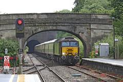 57313 + 57601 Class 57 (Roger Wasley) Tags: 57601 57313 westcoast railways kemble station gloucestershire class 57 trains diesel locomotive rail tour charter