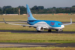 D-AHXG TUIfly Boeing 737-7K5 (buchroeder.paul) Tags: eddl dus dusseldorf düsseldorf nordrheinwestfalen north rhinewestphalia germany deutschland europe europa ground boden dahxg tuifly boeing 7377k5 dawn morgen