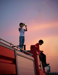 . (Vako Darispanashvili) Tags: sunset vsco child festival kids huaweiphoto mobpic