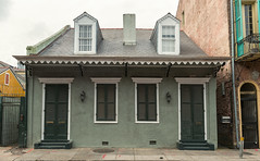 French Quarter (1734) v53, New Orleans, LA (lumierefl) Tags: neworleans nola orleansparish cityofneworleans bigeasy crescentcity louisiana la southeast gulfcoast port french unitedstates usa northamerica architecture building residential house home cottage creole victorian africanamerican black 1830s 19thcentury