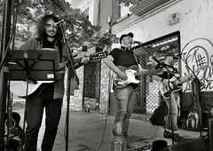 GABY MORGAN Y LOS TITANES DEL ROCK (a-r-g-u-s) Tags: gabyylostitanesdelrock musicaenlacalle countryroad conciertos johndenver fantasticos musicos guitarras countrymusic