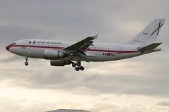 T.22-1 / Airbus A310-304 / 550 / Fuerza Aérea Española (A.J. Carroll (Thanks for 1 million views!)) Tags: t221 airbus a310304 a310300 a310 310 550 cf680c2a2 fuerzaaéreaespañola fae egbr 354555 london heathrow lhr egll 27l