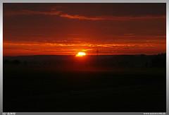 Good Night Steinachtal (uslovig) Tags: steinachtal sonne sunset sun sonnenuntergang mitwitz neundorf franken franconia bayern bavaria deutschland germany sky himmel wolken clouds cloud