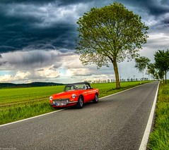 The rain is coming (carsten.plagge) Tags: 2019 a6300 cp55 carstenplagge farben himmel mg mgb roadster rot wolken