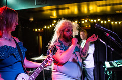 Screamin Cyn Cyn and The Pons (waltzcore) Tags: minnemotor minneapolis mortimers screamincyncynandthepons livemusic