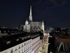 On the rooftop 🌃 (smorgan736) Tags: rooftop vienna wien night lamée viennabynight stephansdom steffl huaweip30pro