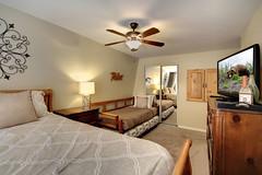 Bedroom B 2 (junctionimage) Tags: 887 vista ave