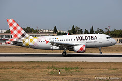 Volotea Airbus A319-111 'EC-MTB' LMML - 14.06.2019 (Chris_Camille) Tags: spottinglog registration planespotting spotting maltairport airplane aircraft plane sky fly takeoff airport lmml mla aviationgeek avgeek aviation canon5d canon livery myphoto myphotography