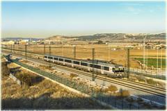 Regional en Valladolid (440_502) Tags: 440r 144 440 grupo renfe operadora viajeros regional express exprés media distancia valladolid campo grande santander