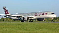 A7-ALR (AnDyMHoLdEn) Tags: qatar a350 oneworld egcc airport manchester manchesterairport 05r