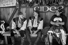 Cider Garden Patrons - Oregon Renaissance Faire (coljacksg) Tags: cider garden patrons oregon renaissance faire fair sony a7r vintage vivitar 28200mm f35 kobori zoom lens actors cosplay medieval middleages