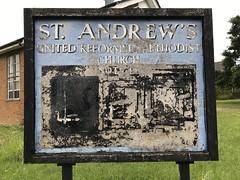 (Steve Bowbrick) Tags: borehamwood standrew unitedreformed methodist ayclifferoad abandoned closed church chapel sign