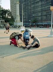 Fixing a Flat (triebensee) Tags: bronicarf645 zenzanon 65mm f4 kodakportra400 selfdeveloped tetenal c41 film epsonv700 brooklyn