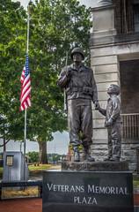 Veterans Memorial Plaza (donnieking1811) Tags: tennessee shelbyville veteransmemorialplaza statue americanflag flag veteran hdr canon 60d lightroom photomatixpro