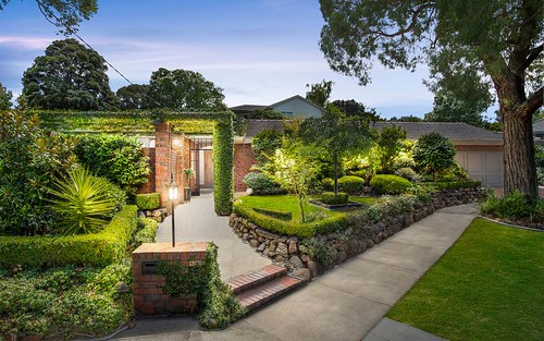 13 Genoa Ct, Mount Waverley VIC 3149