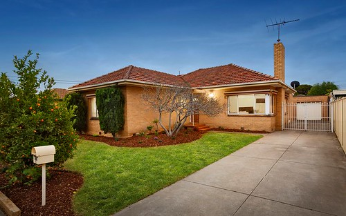 8 Marigold Av, Altona North VIC 3025