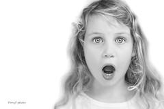 _DSC0953 (danielle.fourchaud) Tags: mômes monochrome expressions emotions colère bouderie peur tristesse rire joie grimace douceur surprise portrait enfant ange démon gueuledemômes angesoudémons yeux