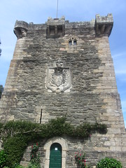 Front  of  the  Torre   de  Andrade, Pontedeume (d.kevan) Tags: torredeandrade towers windows decorativedetails architecturaldetails gothic andradefamily plants trees 14thcentury fortifications buildings doors balustrades coatofarms climbingplants stone walls