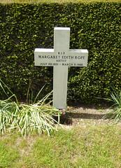 Grave of Margaret Edith Aldrich Rope (Aidan McRae Thomson) Tags: kesgrave church catholic suffolk grave churchyard margaretaldrichrope