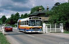 EKY27V Stagecoach East Midlands EMMS 27 (theroumynante) Tags: eky27v stagecoach east midlands emms 27 leyland national chatsworth park bus buses road transport stepentrance flatfront fullfront